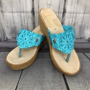 Reba Blue Wedges Sandals Heels size 8